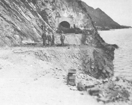 10th Mountain Division troops at tunnel